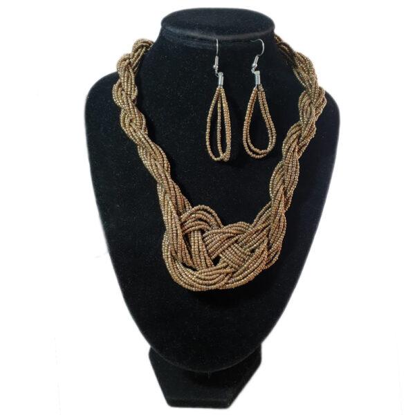 Collar Aretes Mostacilla Dorado