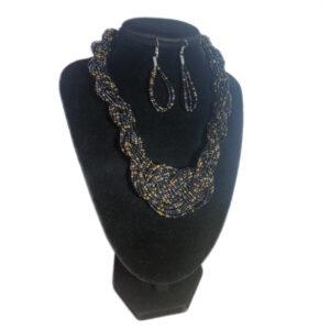Collar Aretes Mostacilla Negro Dorado